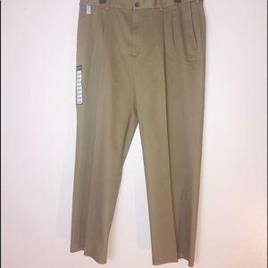 NWT Haggar Men Pants Size 42